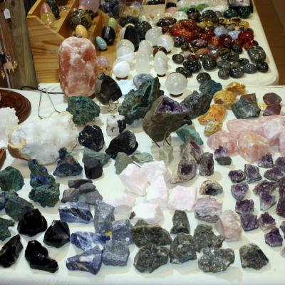 Quelques pierres bruts