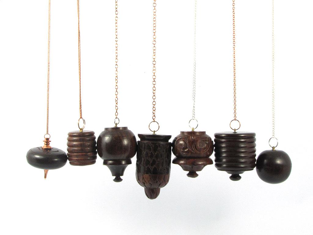 Pendule bois témoin avec pierre